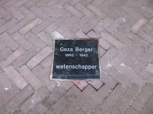 HerinneringsSteen  Gèza Berger