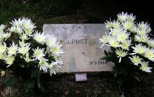 Grafsteen Jacob Post Erebegraafplaats Loenen